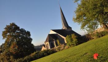 <b>Eglise-Grand-Marchin-S.Pecheur-2.JPG